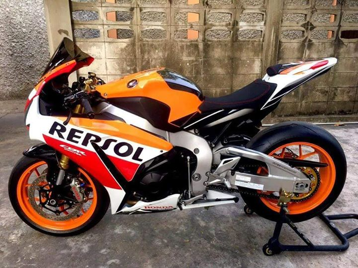 Honda CBR1000RR Repsol dep rang ngoi tu Biker Thai