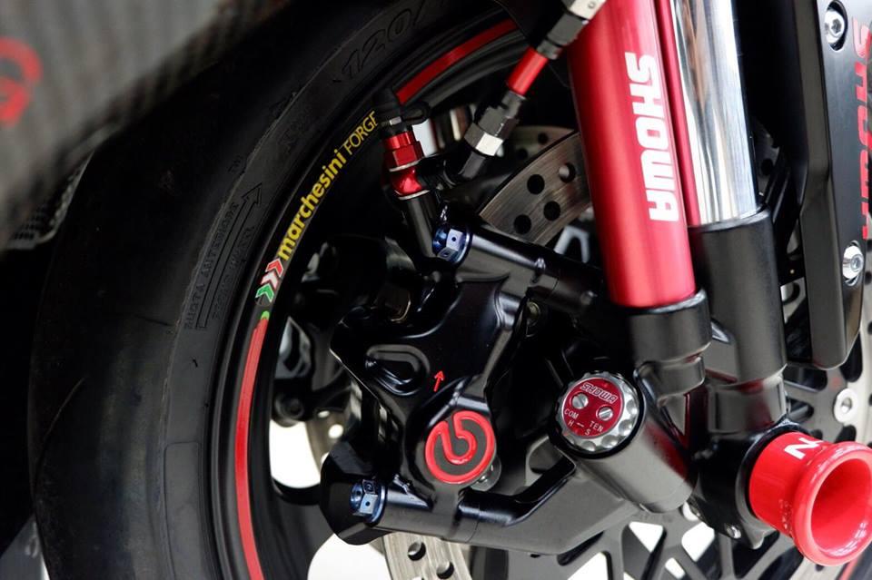 Kawsaki ZX10RR Superbike gioi han mang phong cach doi dua Kawasaki Racing Team - 9
