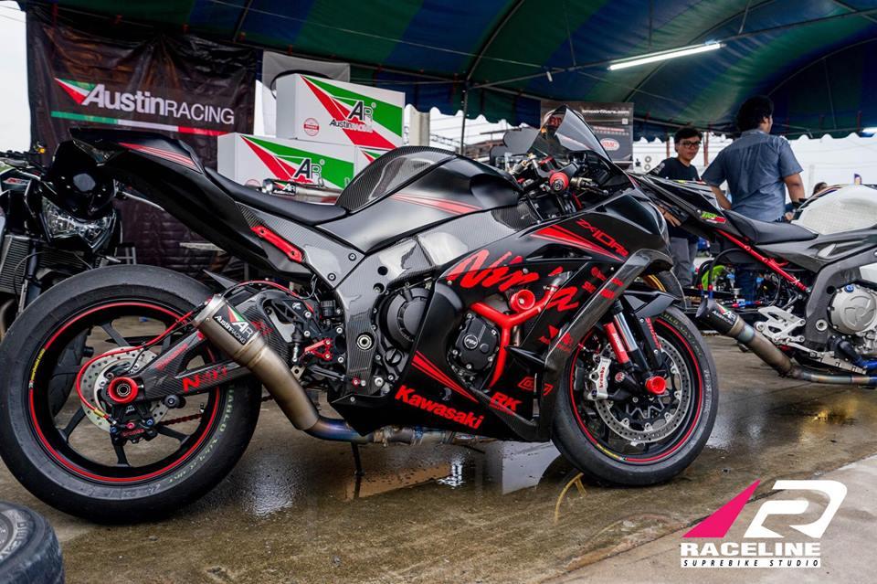 Kawsaki ZX10RR Superbike gioi han mang phong cach doi dua Kawasaki Racing Team - 14