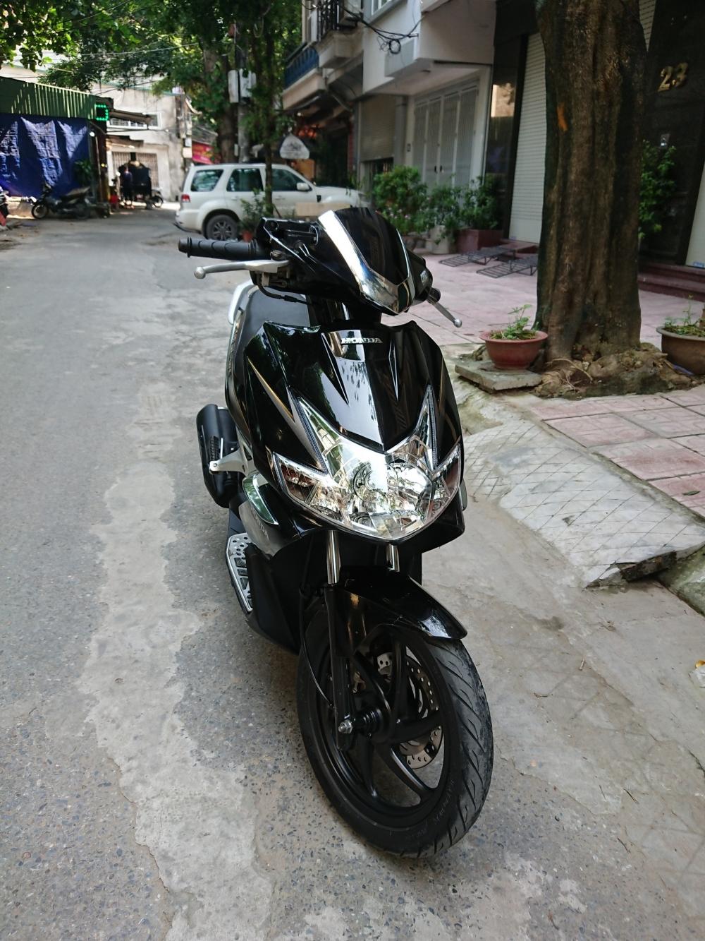 Rao ban Honda Airblade fi 2011 chuan doi cuoi nguyen ban cuc chat - 2