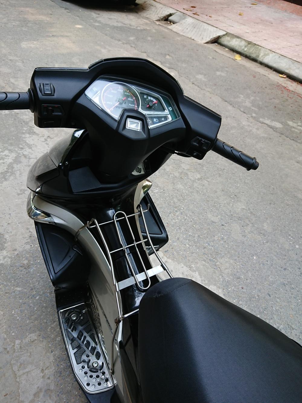 Rao ban Honda Airblade fi 2011 chuan doi cuoi nguyen ban cuc chat - 4