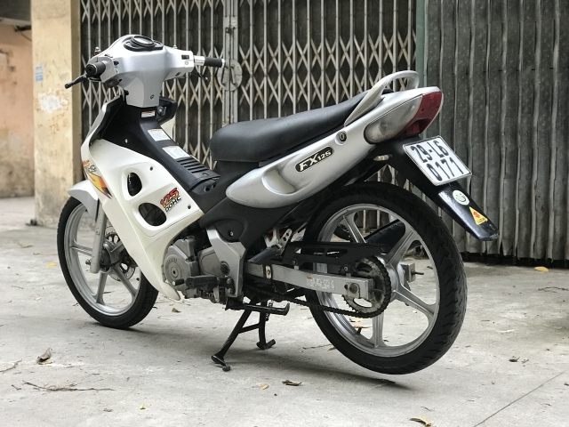 Suzuki FX 125cc mau ghi bac nguyen ban cuc chat doi chot - 4