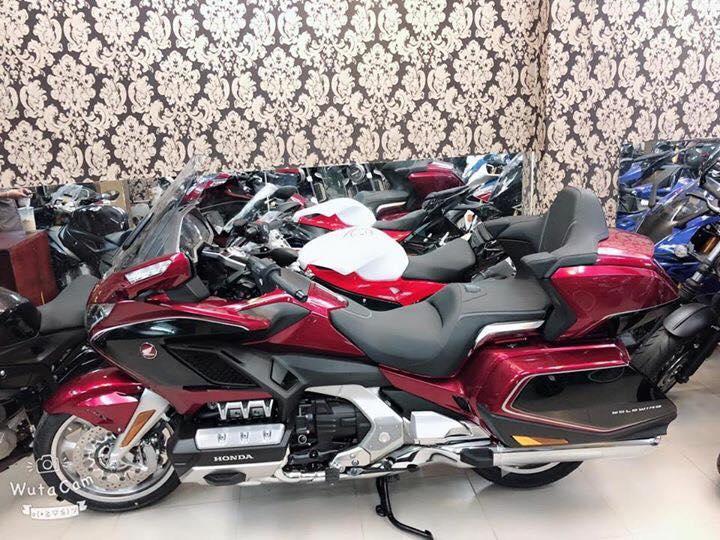 Tong hop xe moi va luot chau au dang co tai Ken MotoR Full options Buy abs Date 2019 - 14