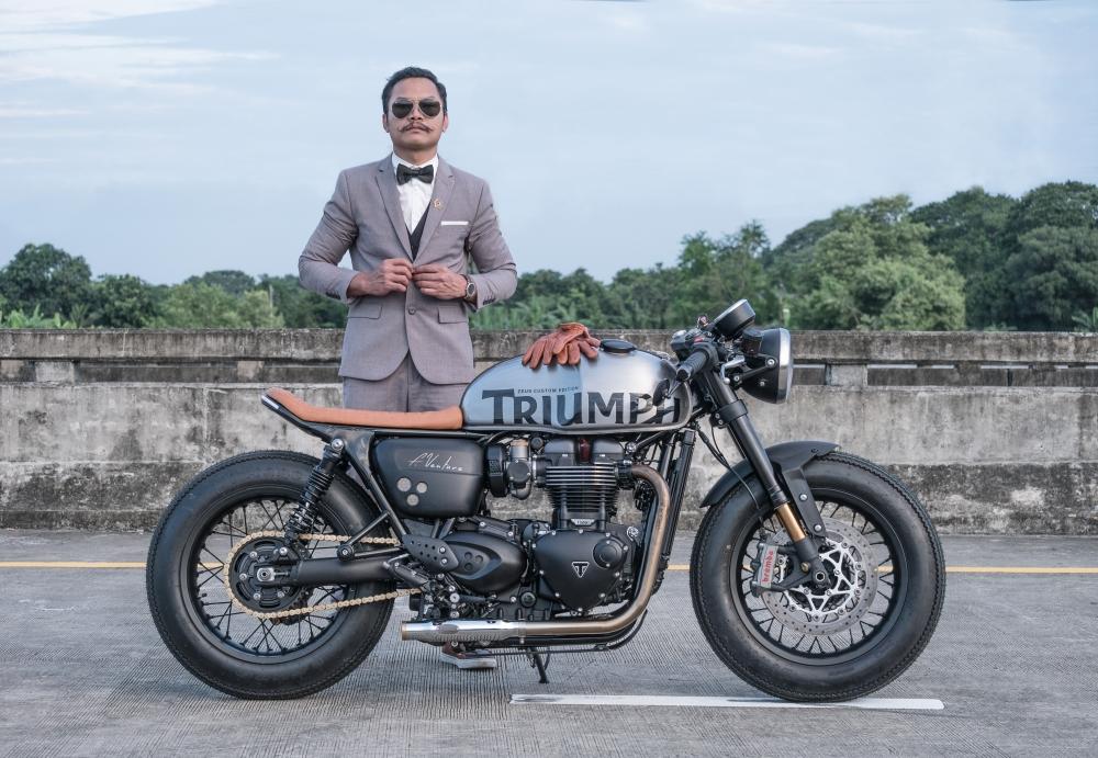 Triumph Thruxton 1200 R ban do Cafe Racer den tu Zeus Custom - 2