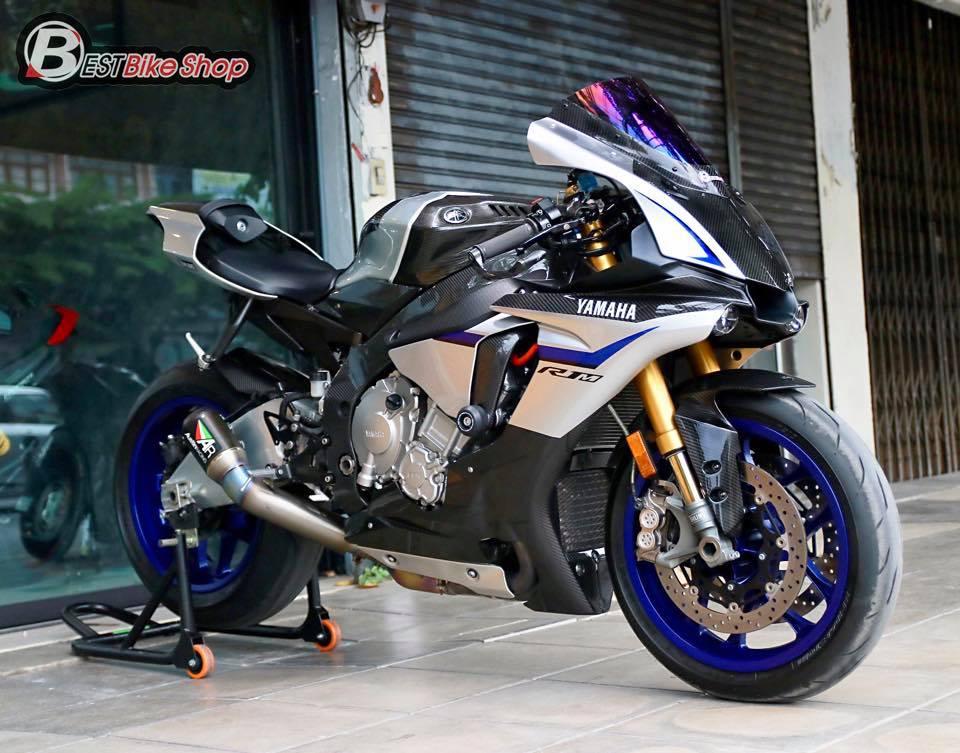 Yamaha R1M phien ban dac cach sac mui Carbon World - 3