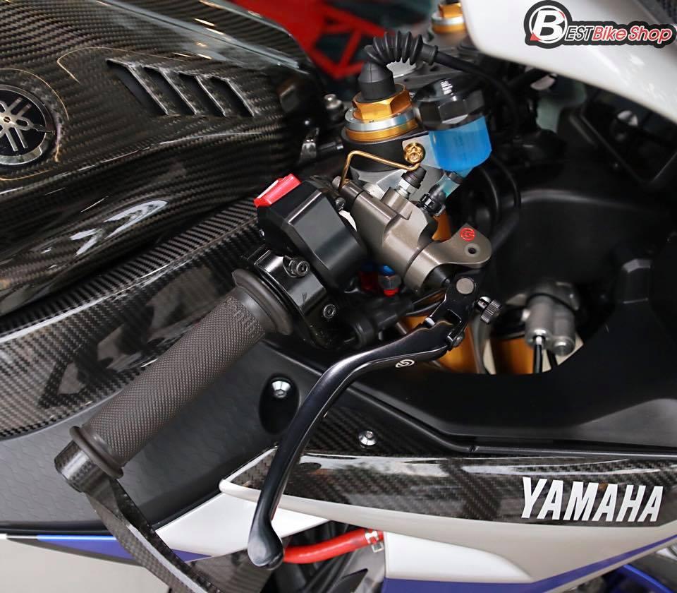 Yamaha R1M phien ban dac cach sac mui Carbon World - 5