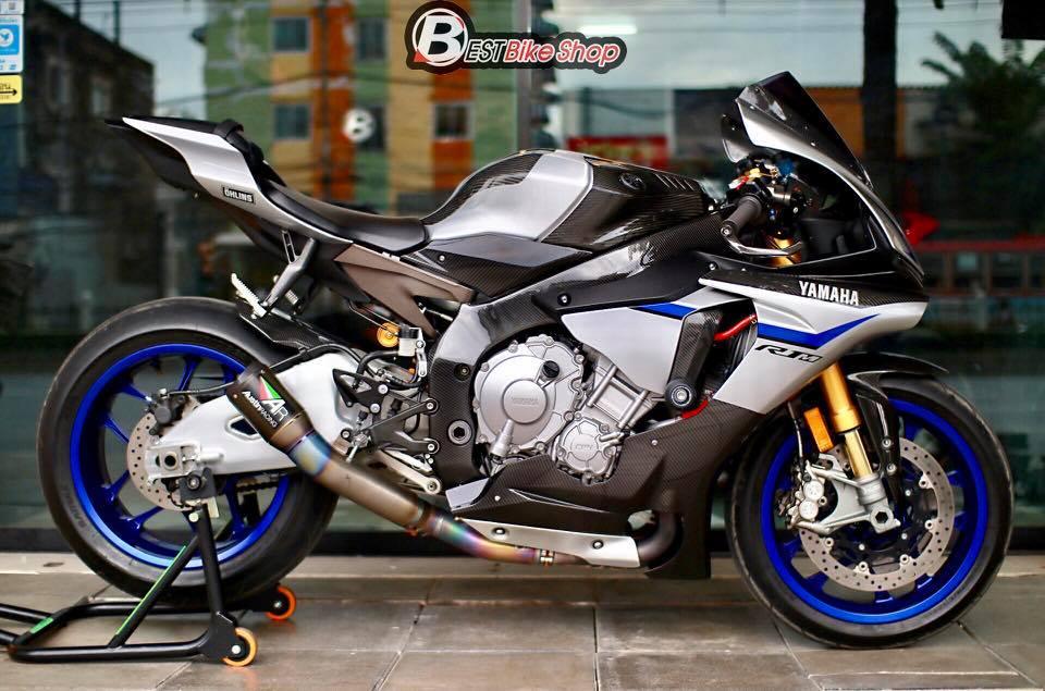 Yamaha R1M phien ban dac cach sac mui Carbon World - 13