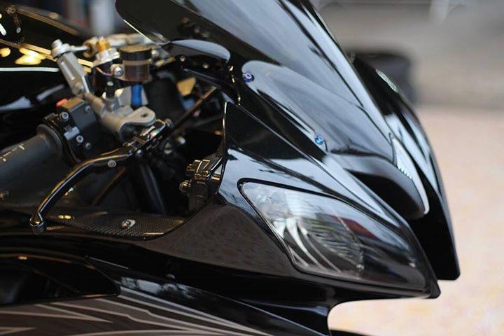 Yamaha R6 Hung than xa lo day cuon hut voi tone mau Blacksiver - 4
