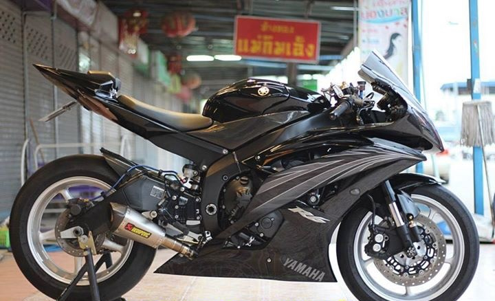 Yamaha R6 Hung than xa lo day cuon hut voi tone mau Blacksiver - 6