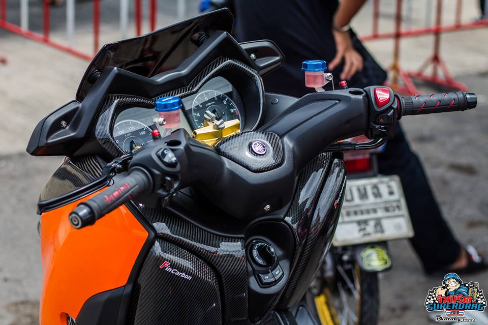 Yamaha X Max 300 do mang hoi tho khoc thet tren dat Thai - 4