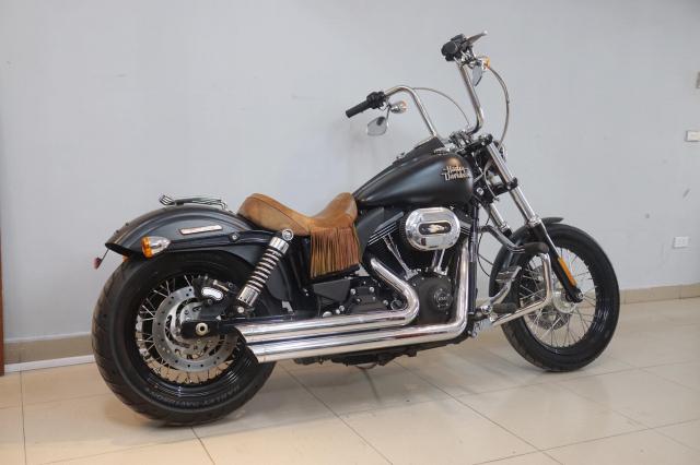 Ban Harley Davidson Streetbob sieu moi va nhieu do choi - 20