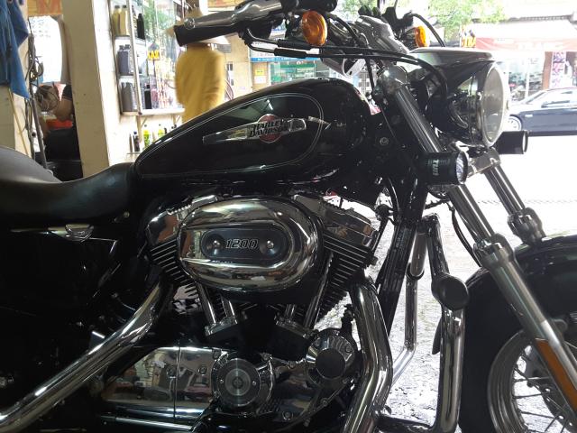 Ban xe Harley Davidson 1200 custom 2016 - 2