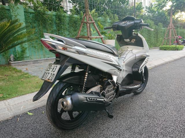 Can ban Honda Airblade fi doi 2011 nep ma vanh 6 nan chinh chu mau trang