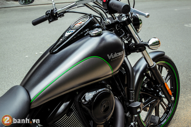 Chi tiet Kawasaki Vulcan 900 Custom 2018 dau tien tai Viet Nam - 39