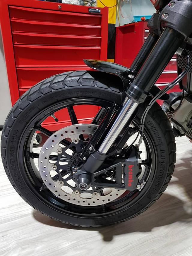 Ducati Scrambler Mon do choi cua nhung ga dan ong - 5