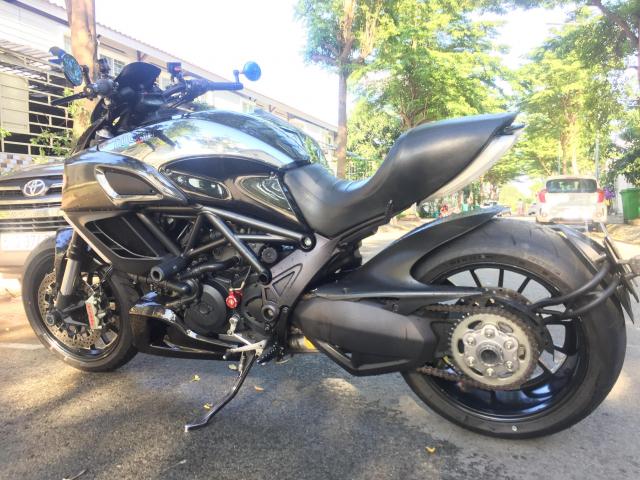 em gai den tu Y Ducati Diavel Cromo 1300cc Date 2013 abs - 4