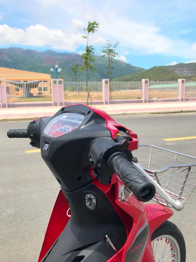 Honda Blade 110 do lot xac voi it do choi cua cau hoc sinh 19 tuoi - 3