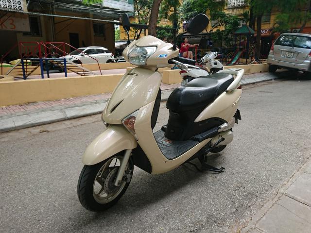 Honda Lead fi vang kem 2010 chinh chu bien 30N con dep nguyen ban