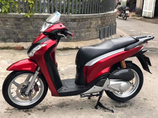 Honda Sh y do khau than cong den tu nha Leovince - 5