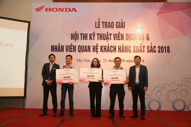 Honda Viet Nam to chuc Hoi thi Ky thuat vien Dich vu Nhan vien Quan he Khach hang xuat sac 2018 - 2