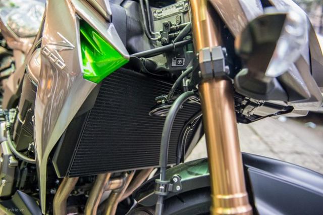 Kawasaki Z1000 2014 - 9