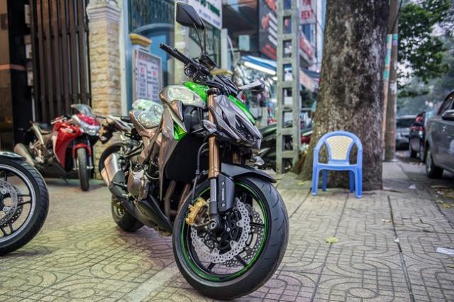Kawasaki Z1000 2014 - 10