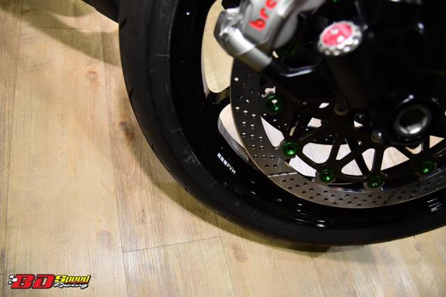 Kawasaki ZX10R do don gian day tinh te voi dan chan aluminim kich doc - 5