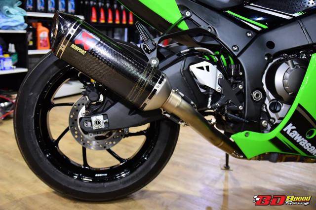 Kawasaki ZX10R do don gian day tinh te voi dan chan aluminim kich doc - 9