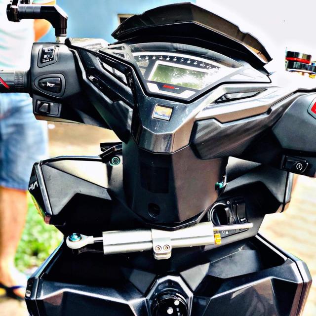 Vario 150 do phuoc xeo phong cach Ducati vua ra mat ban do moi - 3