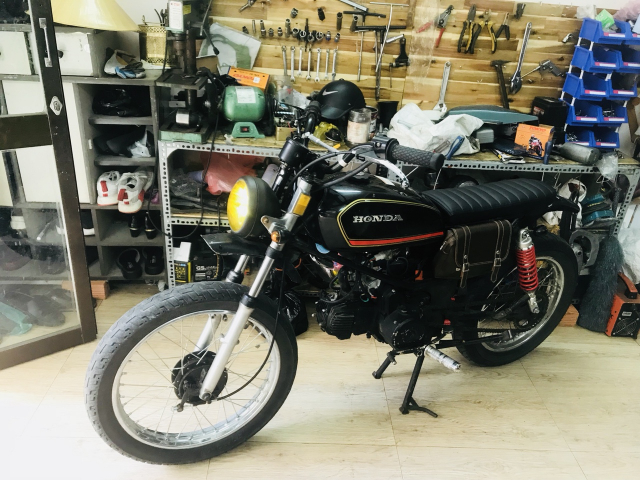 Win lien doanh 110cc do Tracker CAS garage - 2