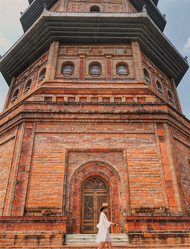 Tien canh tran gian o Ninh Binh duoc co nang 9X chinh phuc - 2