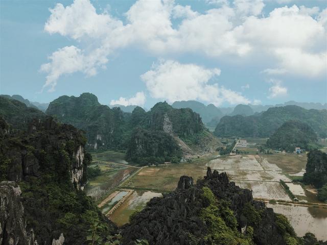 Tien canh tran gian o Ninh Binh duoc co nang 9X chinh phuc - 12