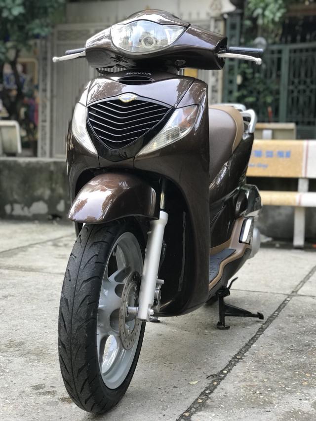 Ban xe Honda SH 150i mau nau Cafe nhap khau Y cuoi 2010 - 3