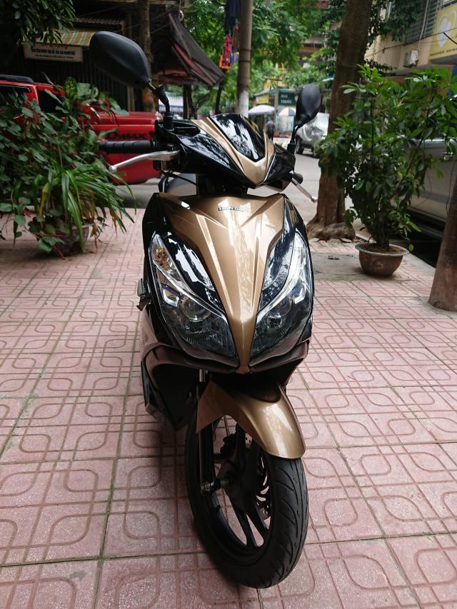 Can ban Honda Airblade 125 fi vang den 2014 con moi chinh chu 30tr500 - 3