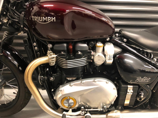 Can ban Triumph Bonneville T120 Black mau den 2018 - 2