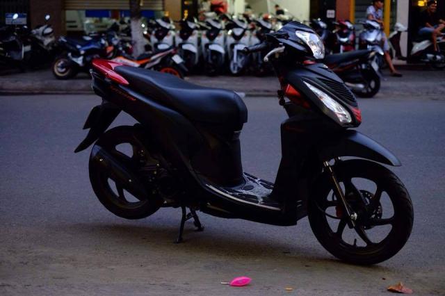 Can thanh ly xe HONDA VARIO 125 mau do nhap khau chinh hang moi 99 - 6
