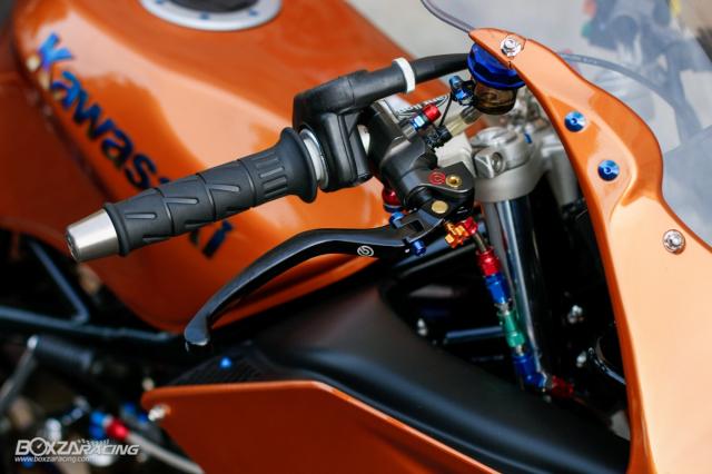 Kawasaki KRR ZX150 Trong ban do dam chat Racing den tu Xu chua vang - 4