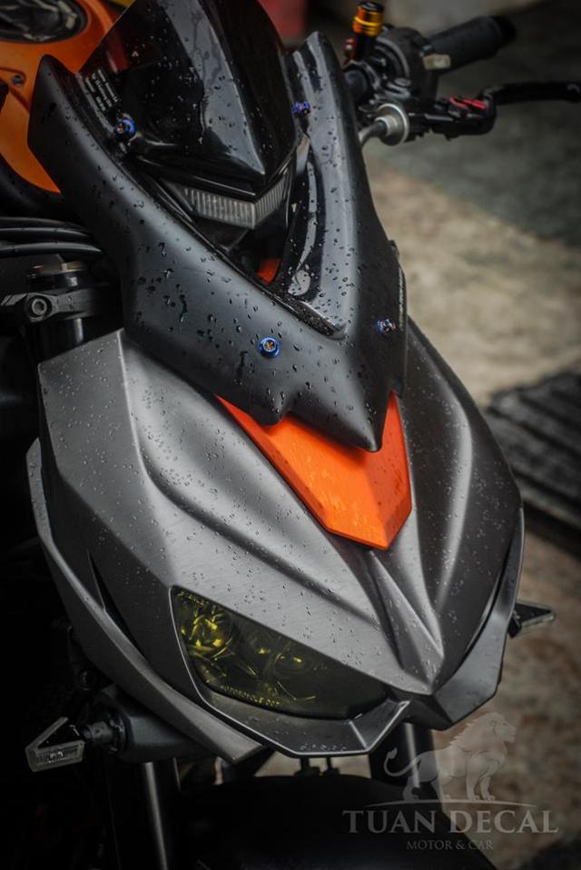 Kawasaki Z1000 Ga quai vat manh me tren dat Viet voi Sticker full nhom xuoc - 5