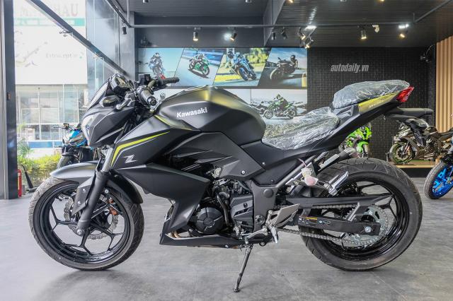 Kawasaki Z300 ABS 2018 duoc trieu hoi voi nguy co thung binh xang - 4