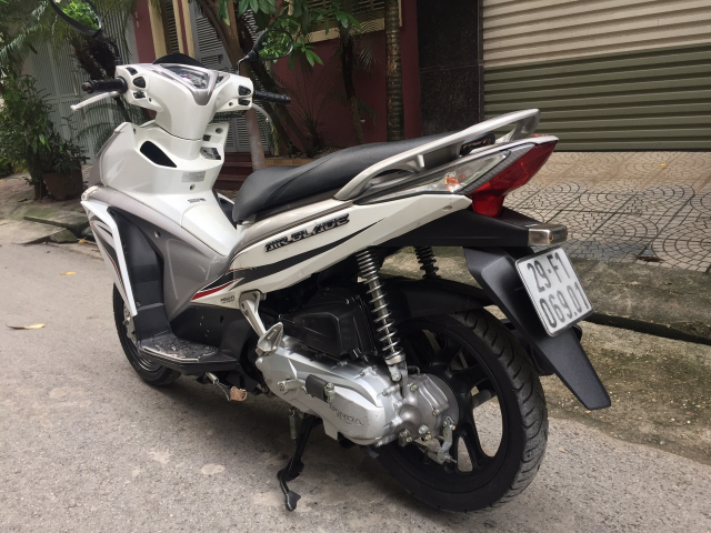 Rao ban Honda Airblade fi 2013 Sport chinh chu dang su dung bien HN
