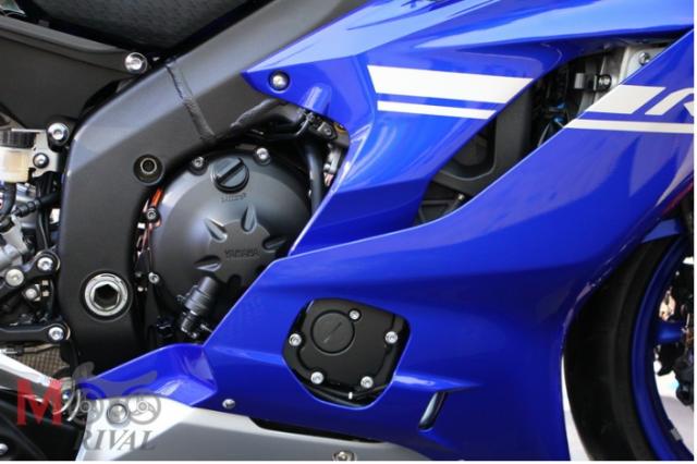 So sanh giua Kawasaki ZX6R 2019 va Yamaha R6 2018 - 2