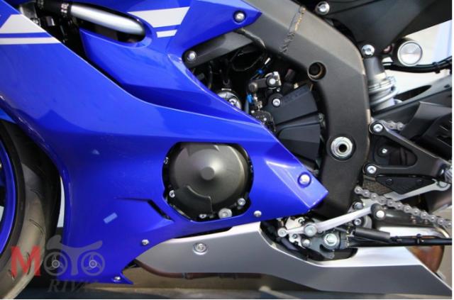 So sanh giua Kawasaki ZX6R 2019 va Yamaha R6 2018 - 4