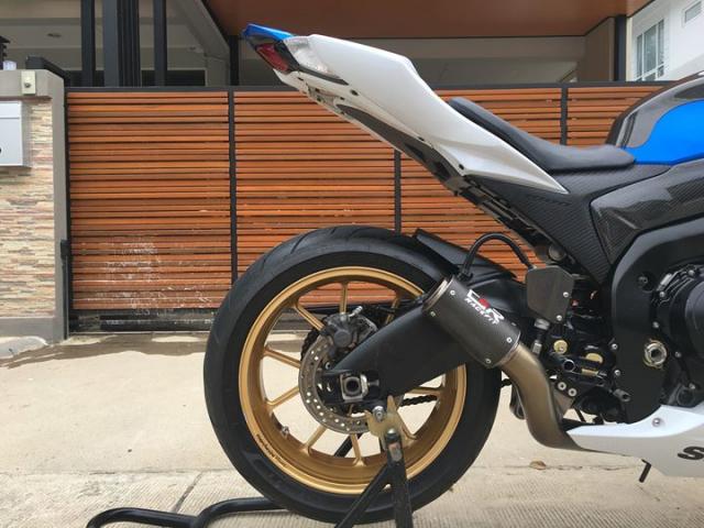 Suzuki GSXR1000 ban nang cap sac mui cong nghe tu nghe danh Ca heo xanh - 5