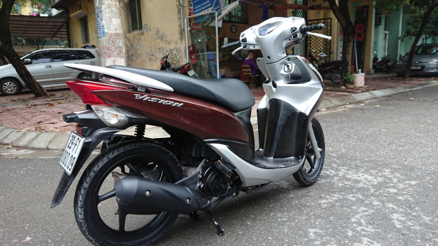 Can ban Honda Vision Nau bien HN chinh chu su dung 19tr800