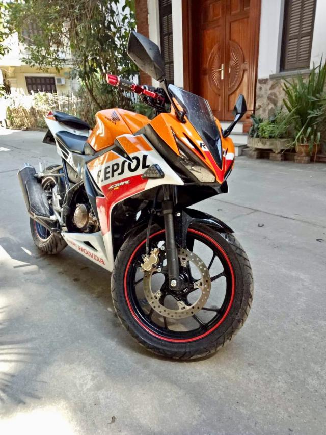 CBR150R Repsol - 5