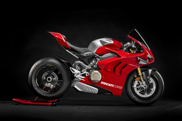 Ducati cong bo gia ban chinh thuc cua sieu pham Ducati V4R Panigale gia hon 1 ty - 3