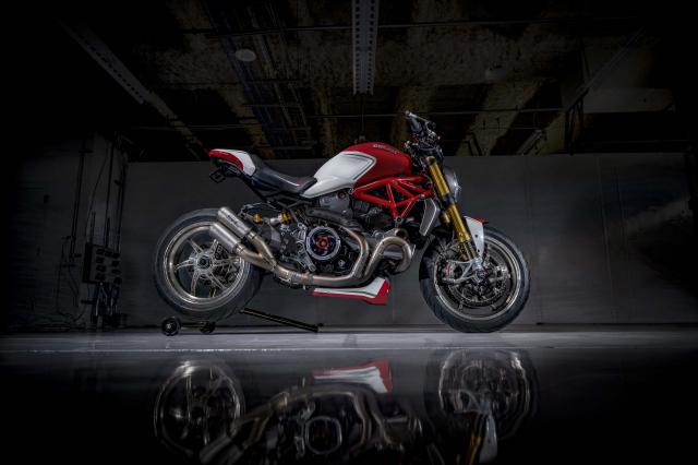 Ducati Monster 1200 phien ban Tricolore tu Motovation - 17