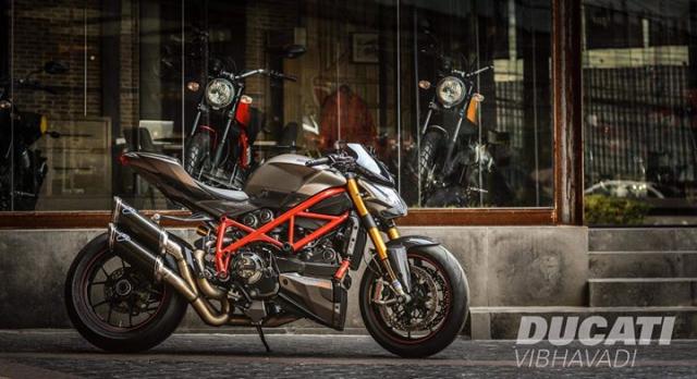 Ducati Streetfighter tao net day luc luong ben nghe thuat duong pho Graffiti - 3