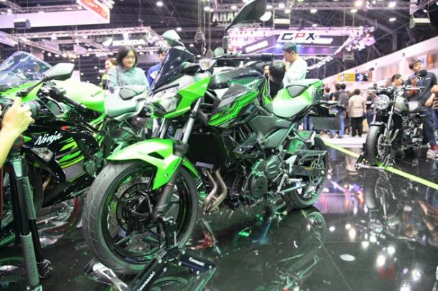 Kawasaki Z250 Z400 duoc cong bo gia ban chinh thuc tu 116 trieu 131 trieu VND - 4