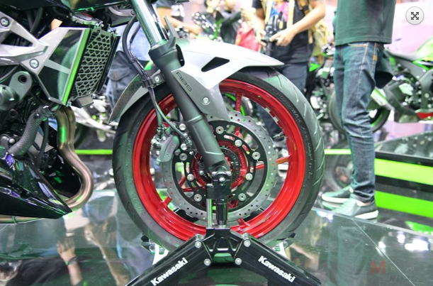 Kawasaki Z250 Z400 duoc cong bo gia ban chinh thuc tu 116 trieu 131 trieu VND - 7